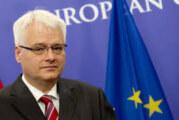 Josipović: Srbi su žrtve mnogih zločina
