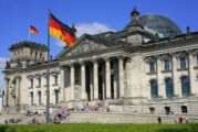 Istočna Nemačka zaostaje za Zapadnom