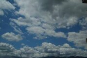 Promenljivo oblačno, ponegde pljuskovi i grmljavina