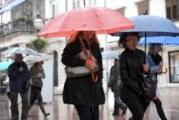 Oblačno i hladno, mestimično sa kišom
