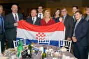 Kitarović se slikala sa ustaškom zastavom