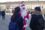 Da li ste spazili Pink Deda Mraza u Zmaj Jovinoj ulici?