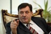 Dodik: Incko sve radi da bi opravdao platu od 25.000 evra