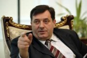 Dodik: Hrvatska dodatno ponižava izbegle Srbe