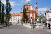 Region: Prvi put u istoriji Slovenije na snagu stupio policijski čas, više od 1.100 novozaraženih; U Zagrebu 337 novih slučajeva