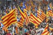 Hiljade Španaca protestuje protiv otcepljenja Katalonije