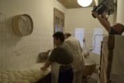 """Projekcija filma """"Cipovka – hleb koji se smeje na mesec"""""""