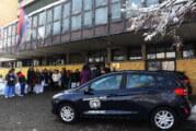 Dva putnička automobila gerontološkom centru Novi Sad