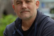 "Dobitnik Međunarodne nagrade za književnost ""Aleksandar Tišma""–mađarski pisacLaslo Darvaši"