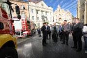 Novosadskim vatrogascima savremeno vozilo
