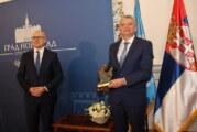 Gradonačelnik uručio Februarsku nagradu prof. dr Vladimiru Petroviću