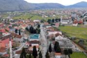 U Tuzima blokiran put, traže da dođu premijer i Abazović; Mediji: Vlada pozvala Đeljošaja na dijalog