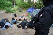 """Policijska akcija """"Plaža"""": U Srpskom Krsturu otkriven ilegalni migrantski kamp"""
