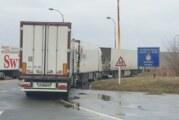 Kamioni na Šidu čekaju 7 sati, na Batrovcima 6, Kelebiji 4 sata